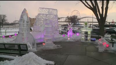 Annual Icestravaganza crowds brave the cold for alien-themed sculptures