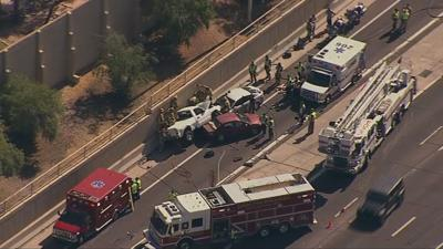 Deadly rollover crash closes westbound US 60 in Tempe