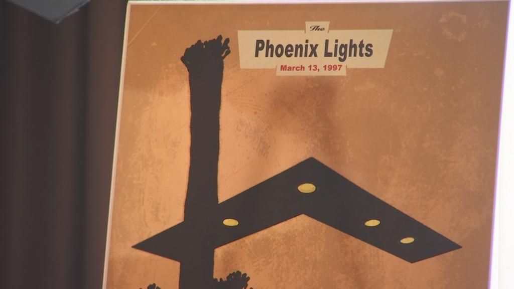 Hundreds of people in Phoenix for UFO conference | Featured