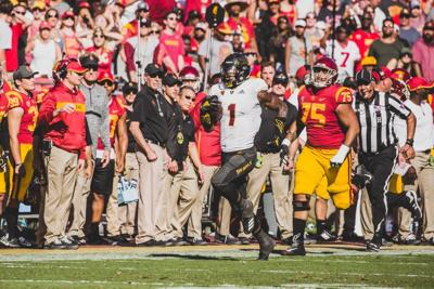 2bb1a6129ff11 Sun Devils hold on to topple Trojans 38-35