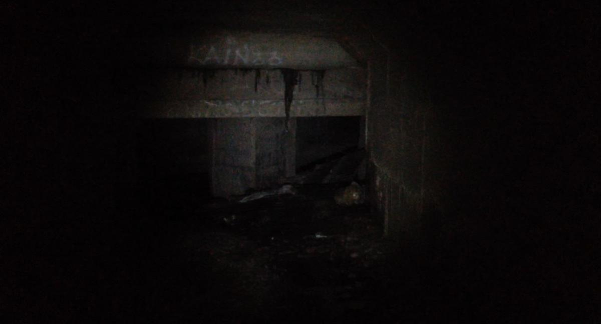 Smugglers use drainage tunnels and sewers to deliver drugs