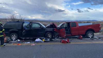 5-year-old dies after head-on crash in Rimrock