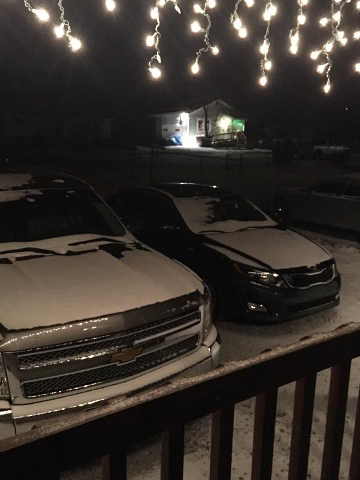 Flagstaff sees first snowfall; creates icy road conditions