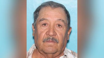 Police seeking help finding missing Phoenix man separated from family