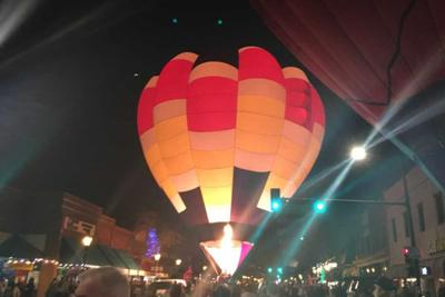 "Glendale is aglow tonight as ""Glendale Giltter and Glow"" takes over the streets"