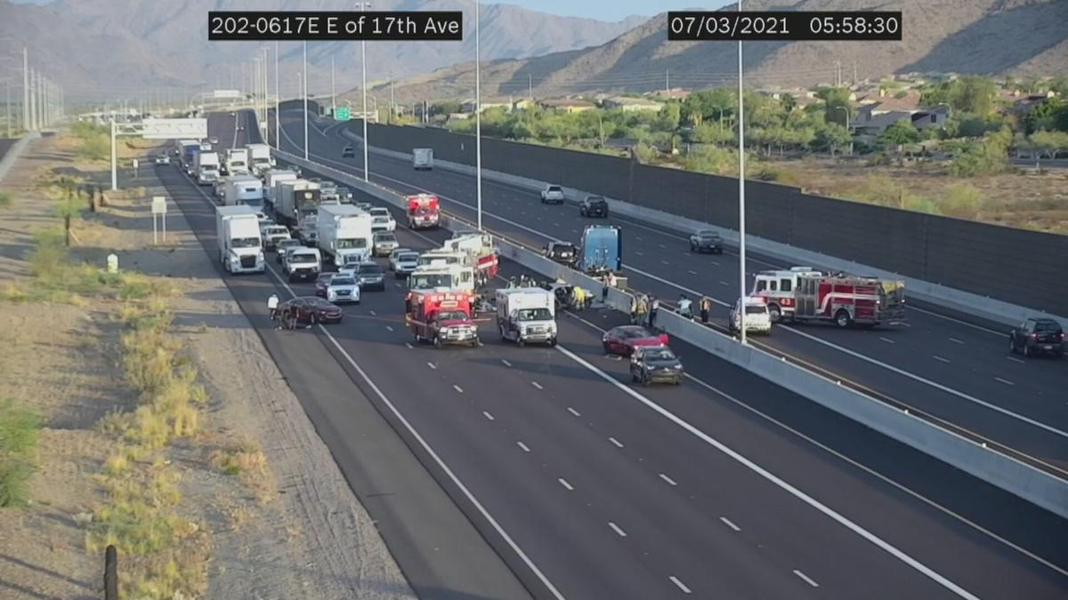 4 people injured in serious crash on the Loop 202 South Mountain