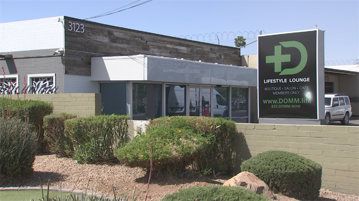 Marijuana lounge opens in Phoenix