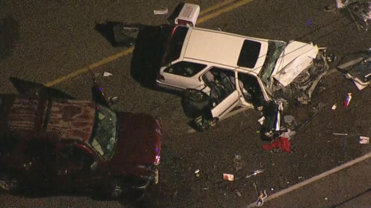 Deadly crash south of 43rd and Olive avenues
