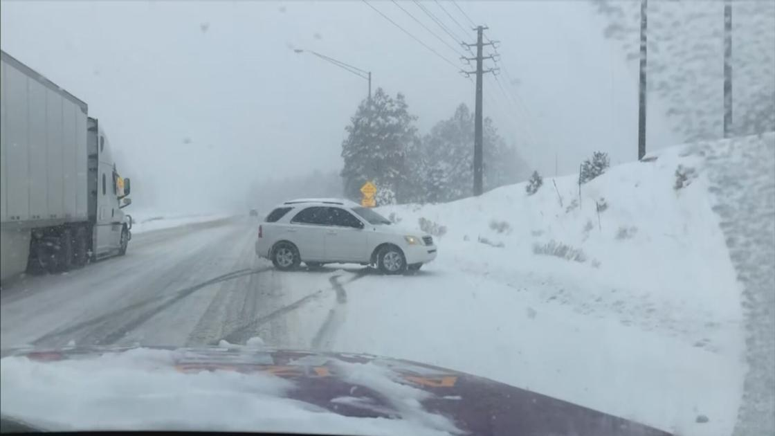 Winter storms close some highways in Arizona's high country