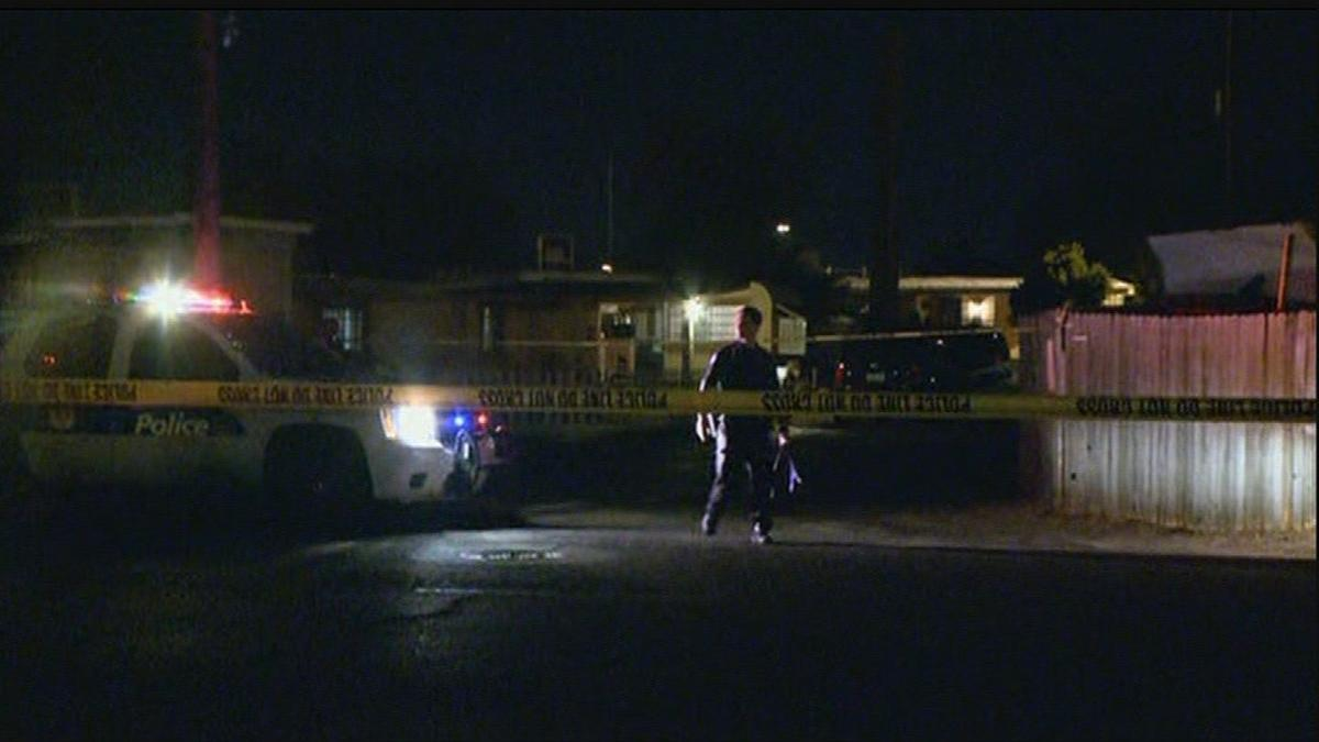 2 Killed, 1 wounded in shooting near Phoenix mobile home park