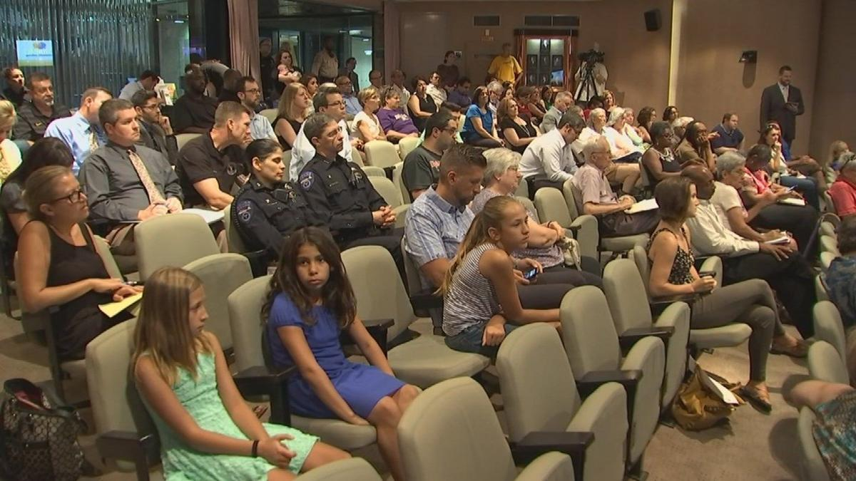 Tempe Police meet with public, Black Lives Matter