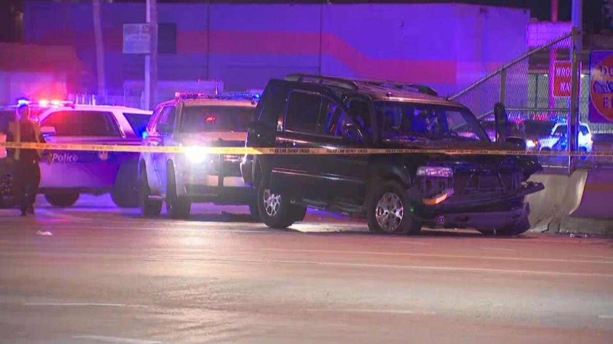 Woman in critical condition, 4 teens detained, I-17 off-ramp closed after Phoenix crash