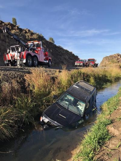 Baker City man killed in car crash