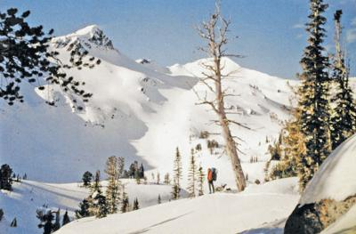 Avalanche Center offers training for skiers, sledders