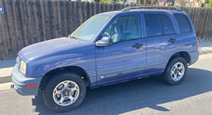 Chevy Tracker 1999 4x4, auto, 4cyl RV hook-up, 1owner, like