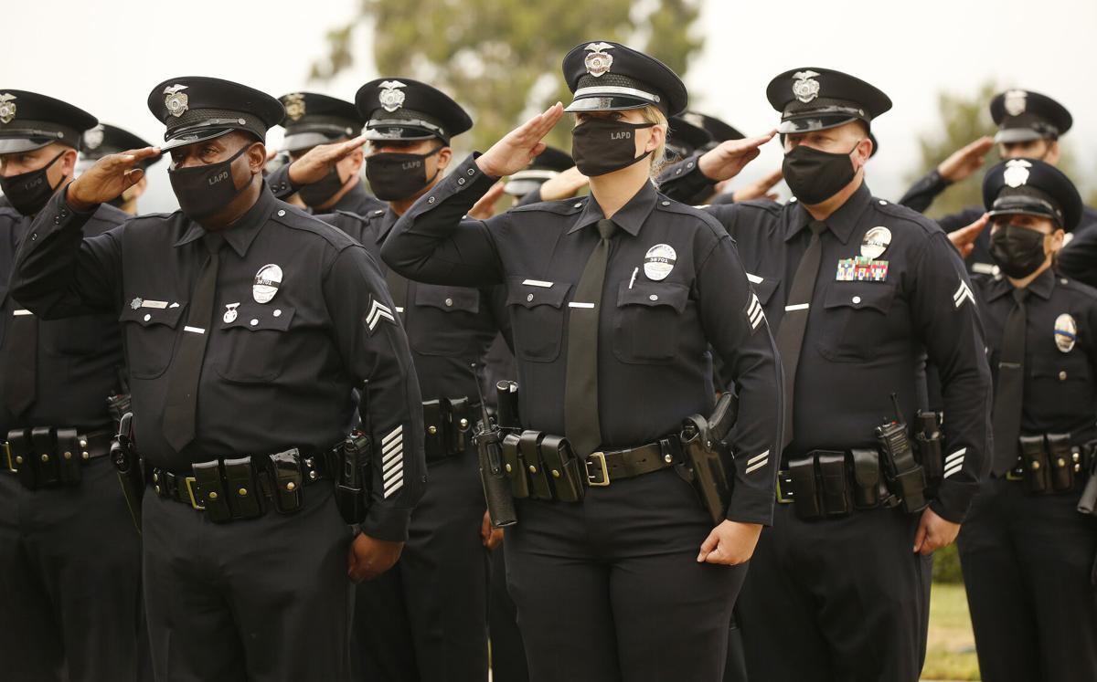 588604_LA-ME-LAPD-OFFICER-COVID-FUNERAL_10_ALS