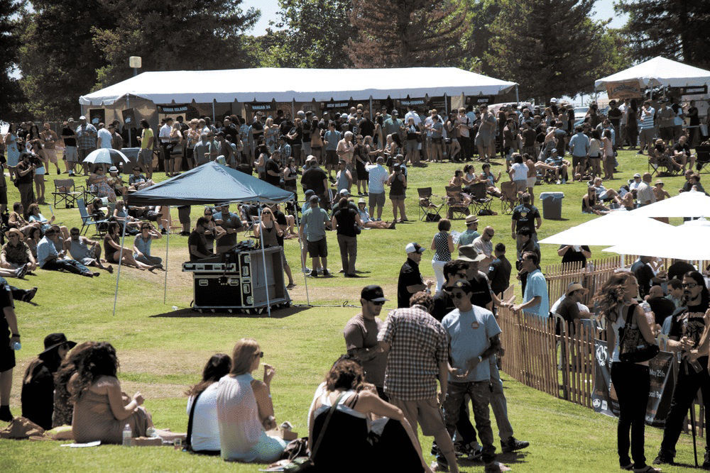 About 1000 people attended the inaugural Bakersfield Craft Beer Festival in 2013. The annual event coming again Saturday to Cal State Bakersfield ... & Brewing up good time at Bakersfield Craft Beer Festival | Food ...