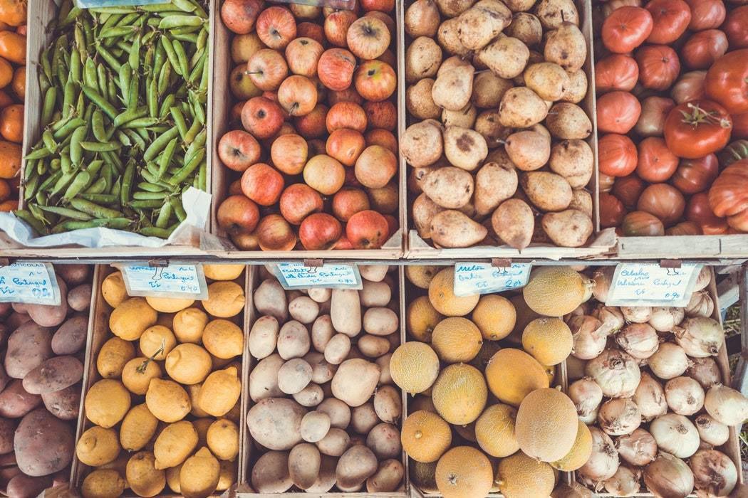 F Street farmers market