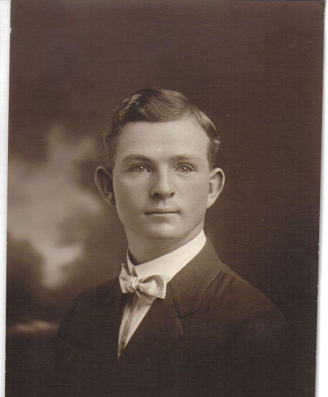 Lewis Lowe