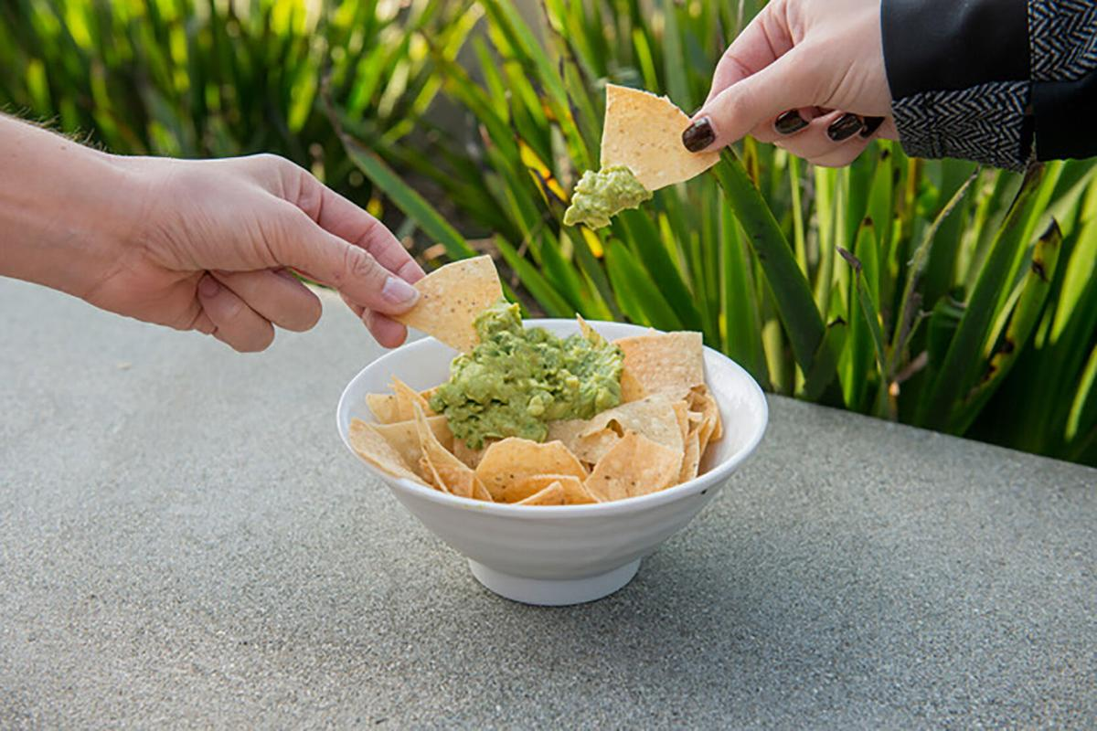 LS-Side Dishes-Chips-Guacamole-6-0.3