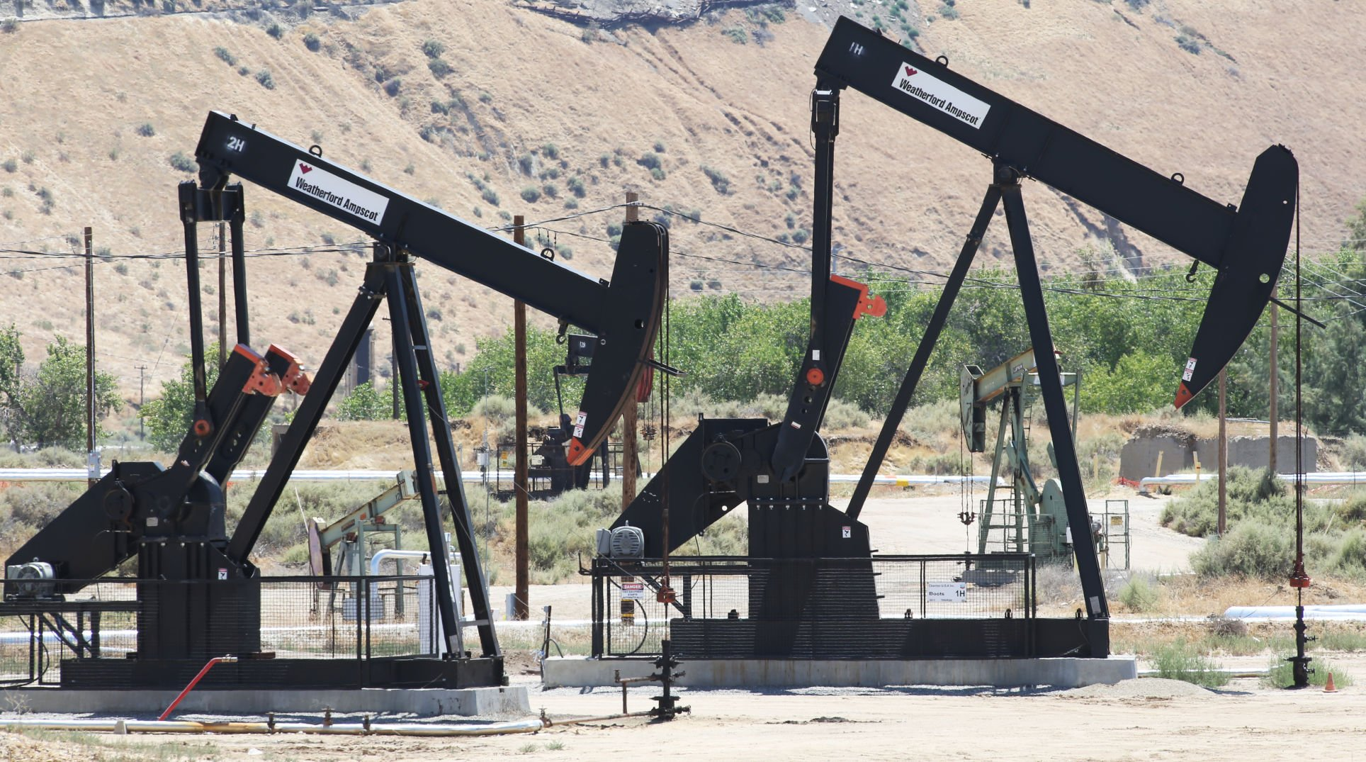 LOIS HENRY: Oil and gas permit lawsuit could have big impact ...
