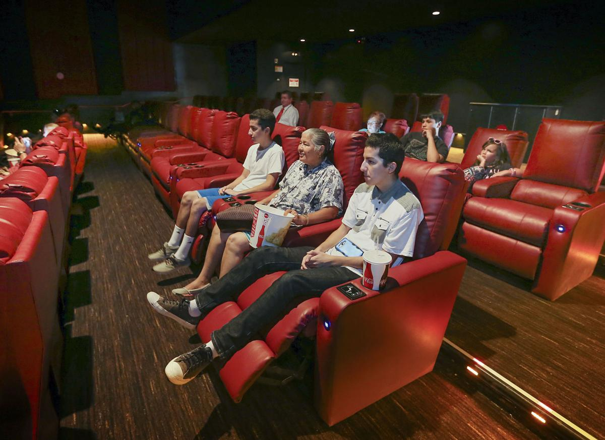 Groovy Amc 6 Reopens On California Avenue With Reclining Seats Pabps2019 Chair Design Images Pabps2019Com