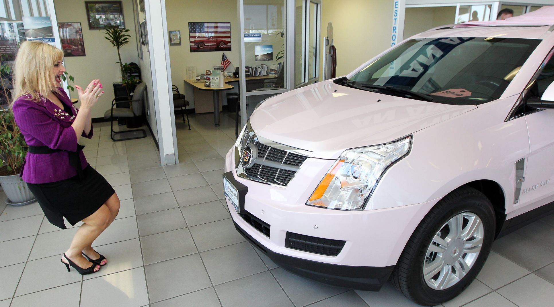 Local Mary Kay Sales Director Earns Fifth Pink Cadillac Archives Bakersfield Com