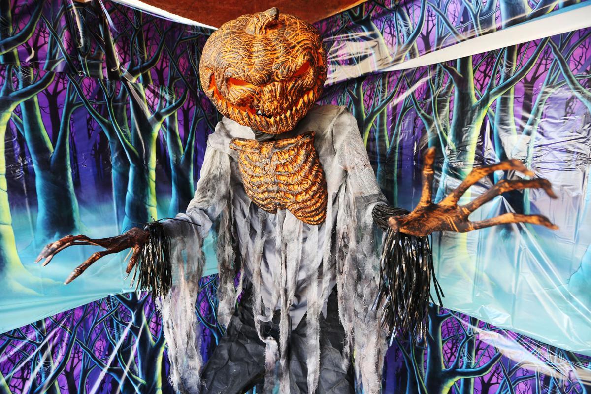 Scare Valley pumpkinman