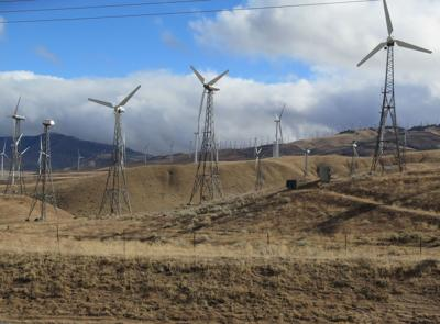 wind turbines in or near tehachapi