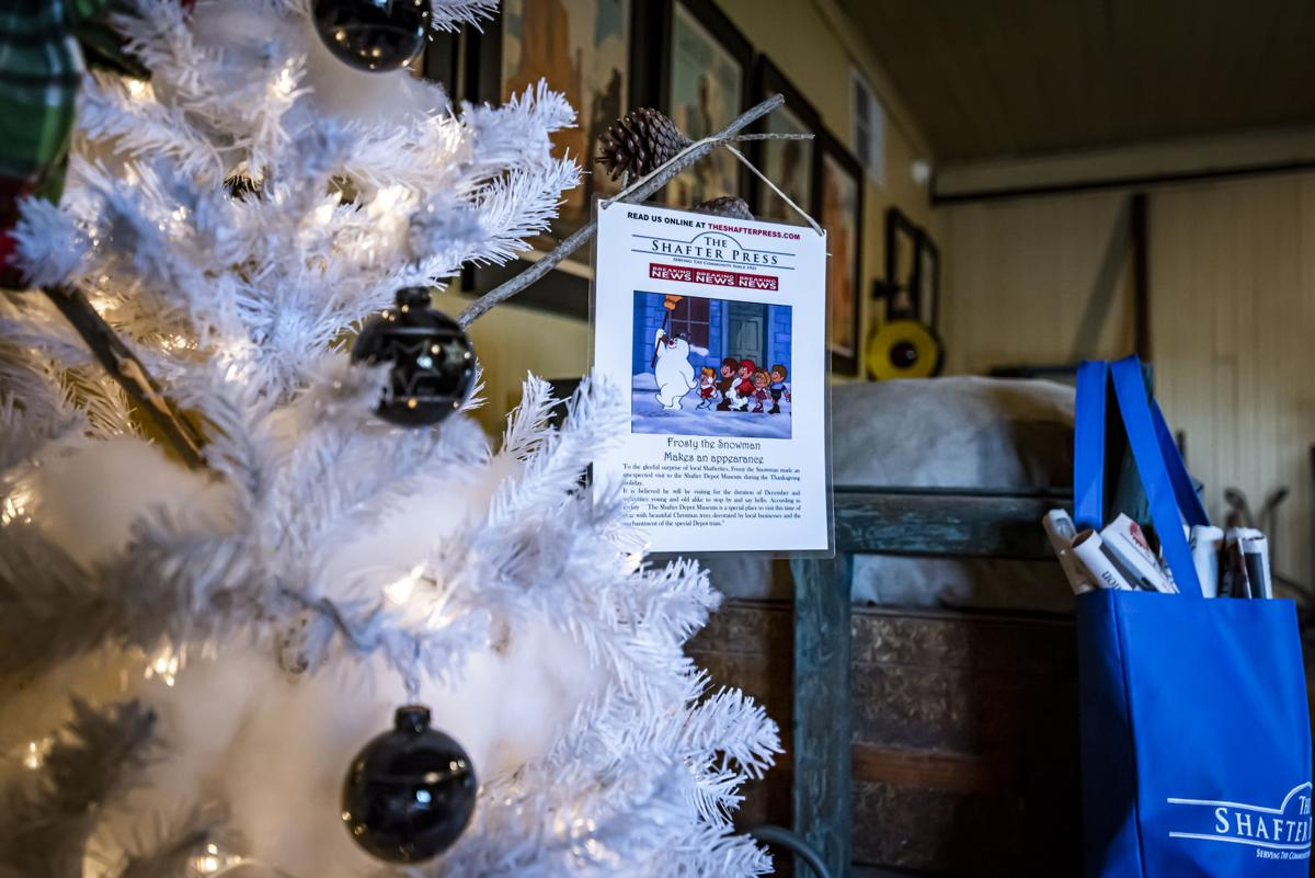 Shafter Depot Christmas Tree Display