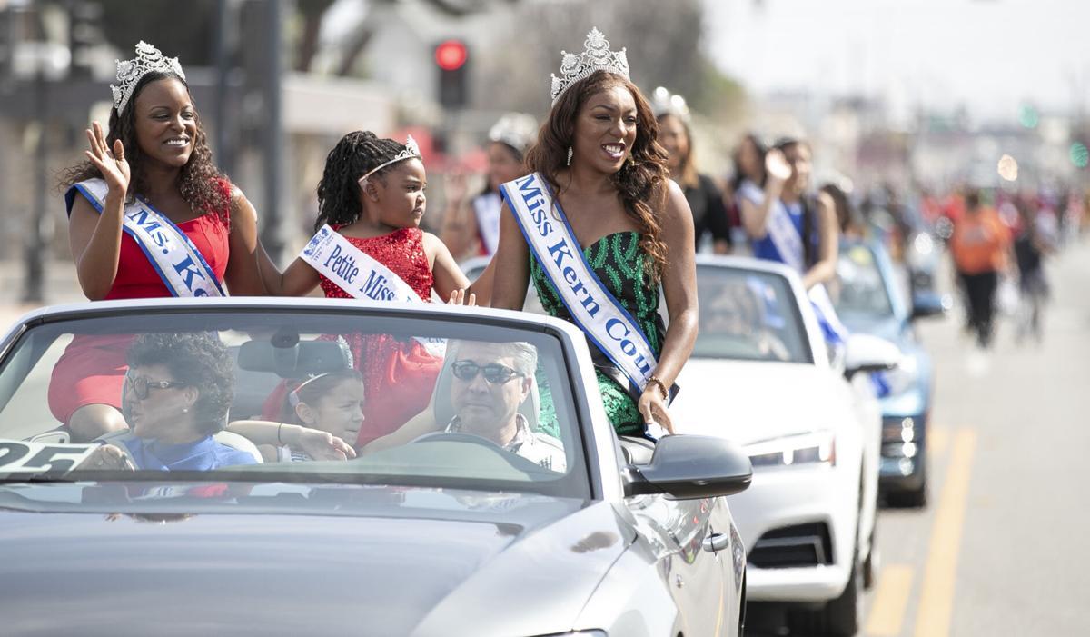 Black History Parade915.JPG