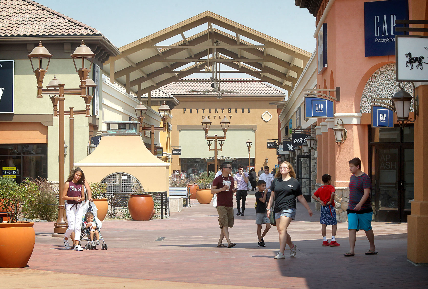 Growing pains: Outlets at Tejon