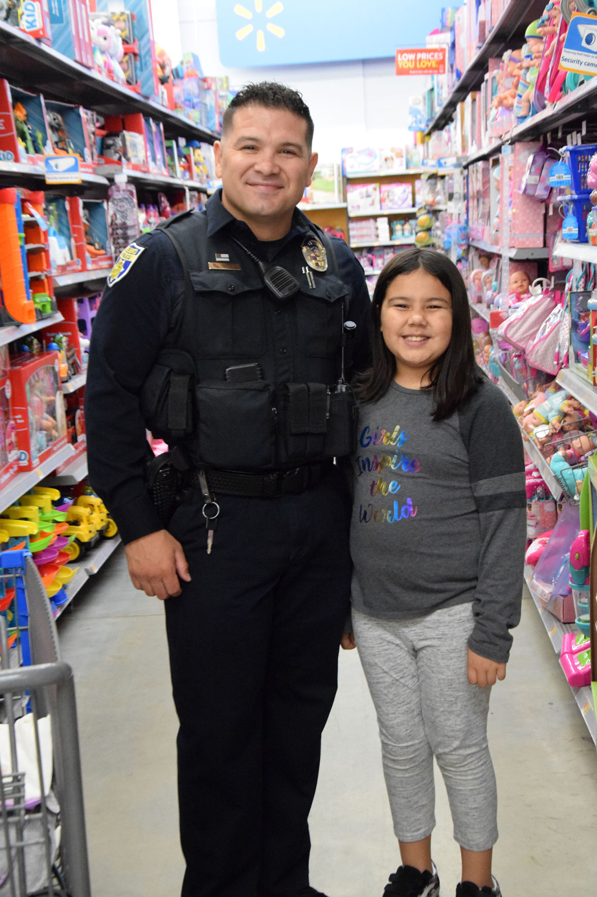 Delano Shop with a Cop event.