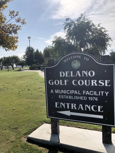 Delano Golf Course sign