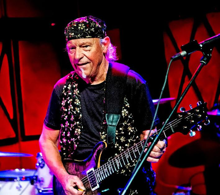 former jethro tull guitarist martin barre heads down own 39 roads 39 music. Black Bedroom Furniture Sets. Home Design Ideas