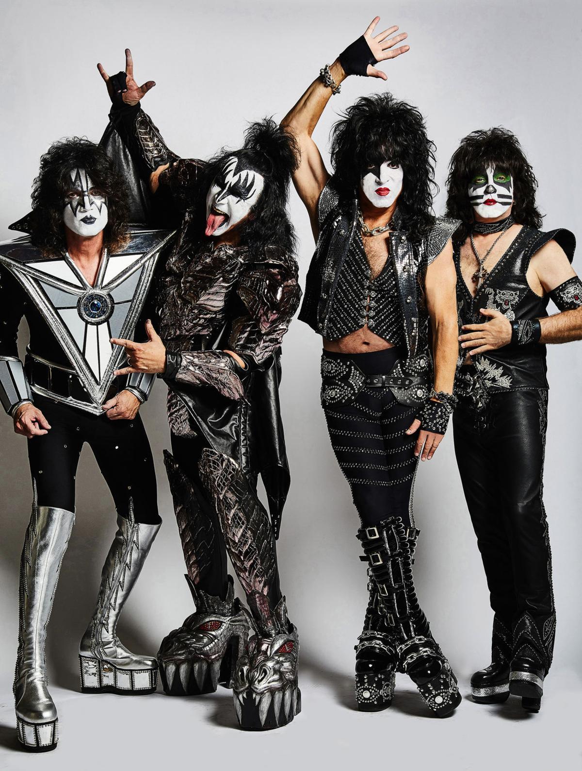 Kiss_JR - photo credit Jen Rosenstein