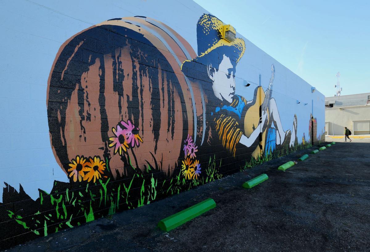 20170510-bc-mural-1