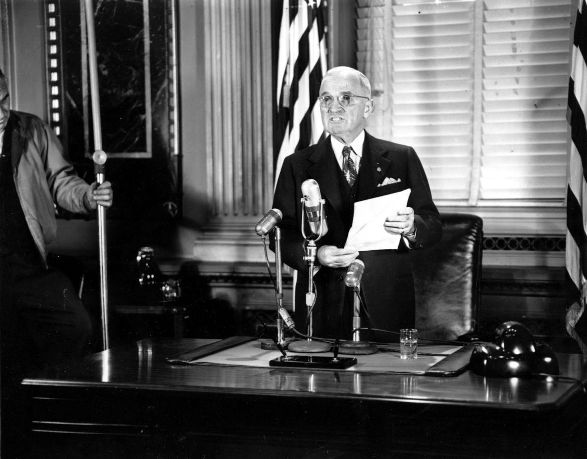 harry s truman and korea to Reading 3: harry truman and national politics (1935-1952) on january 3, 1935, with missouri and the nation in the depths of the great depression, harry truman took.
