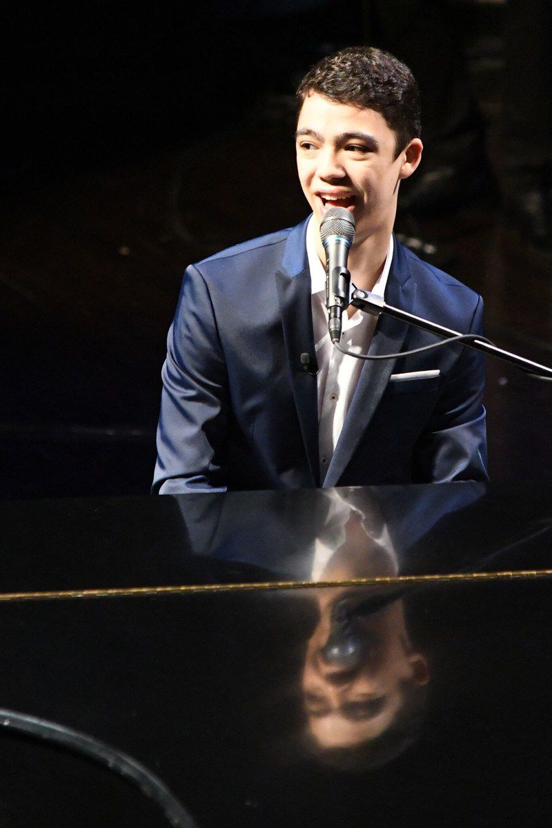 Ethan-Bortnick-grand-piano