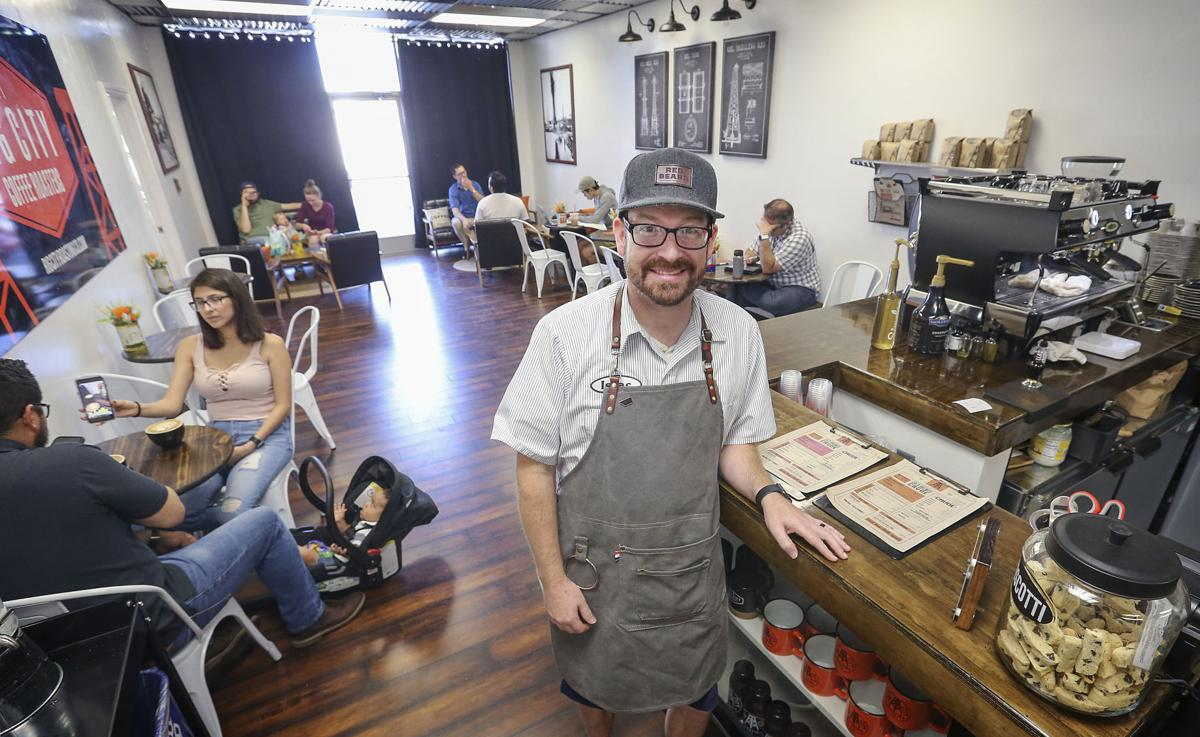 Downtown spots put 'grand' in opening events