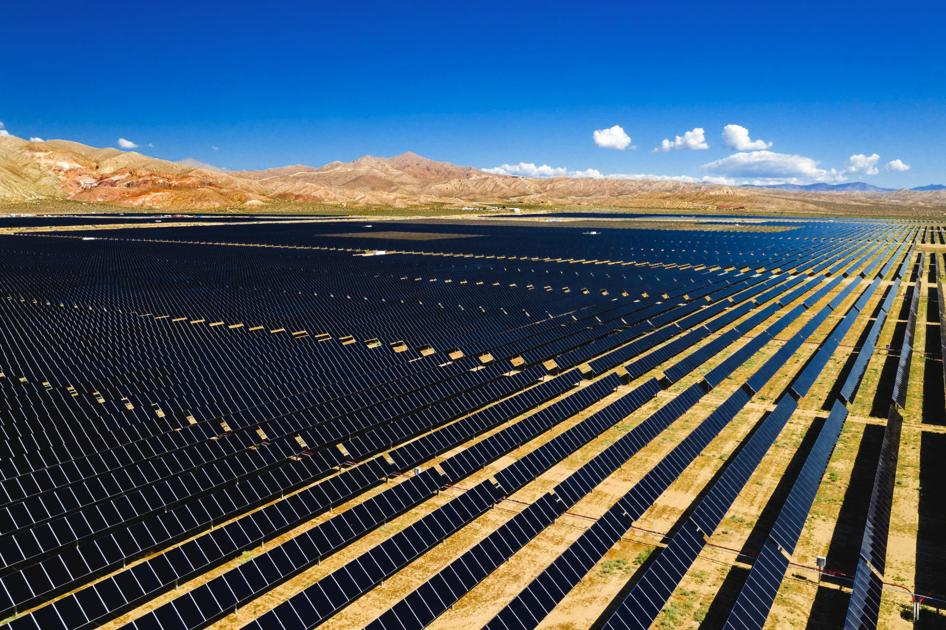 Massive solar project 8 years in the making debuts in eastern Kern