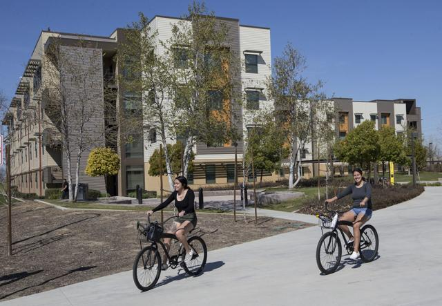 CSUB reduces student housing rates for 2019-2020 school year
