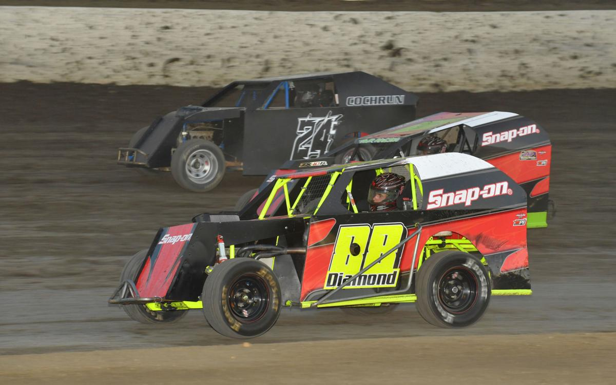 Forster continues dominance at Bakersfield Speedway | Sports