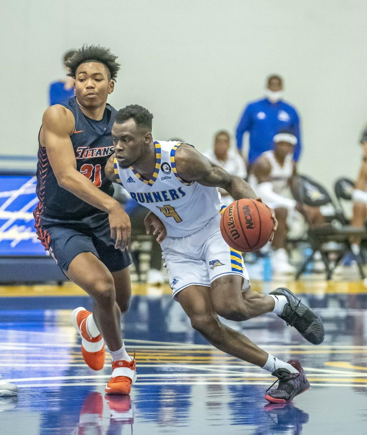Fullerton at CSUB Mens BBall11