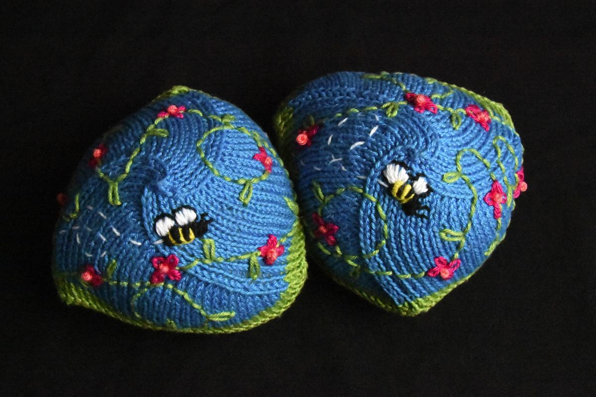 Knitted Knockers-1