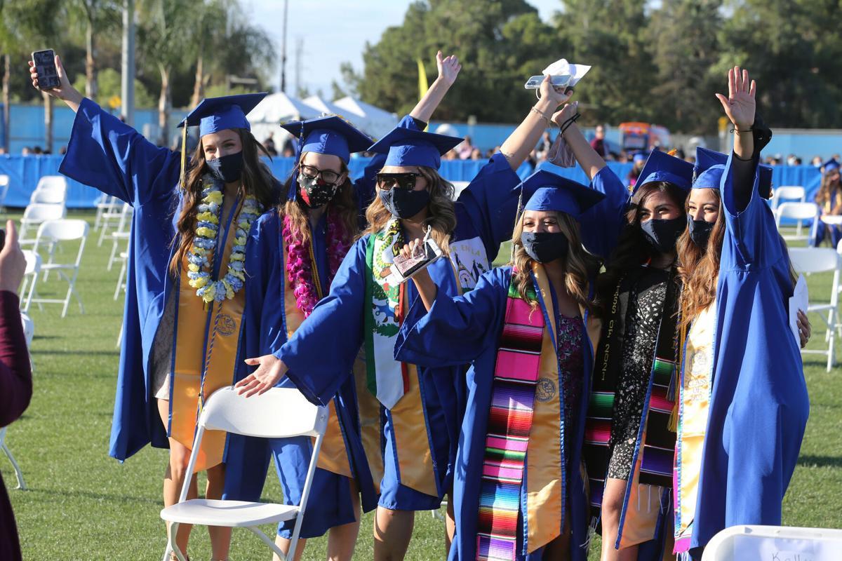 20210523-bc-CSUBgraduation