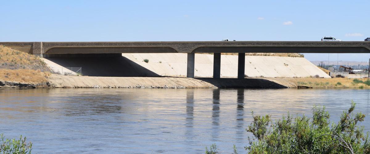Kern River near Westside Parkway and Truxtun Avenue