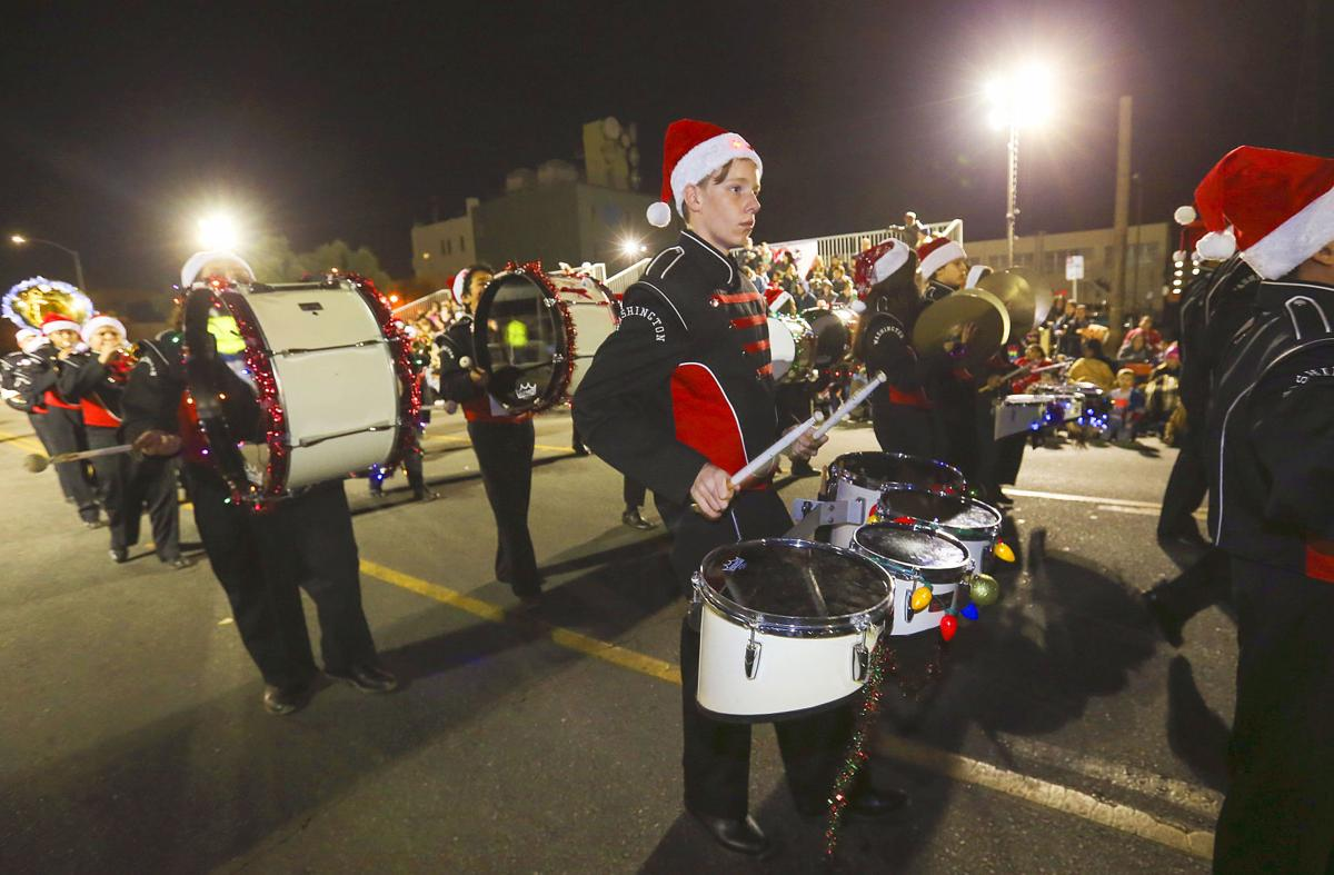 20171207-bc-christmasparade-15