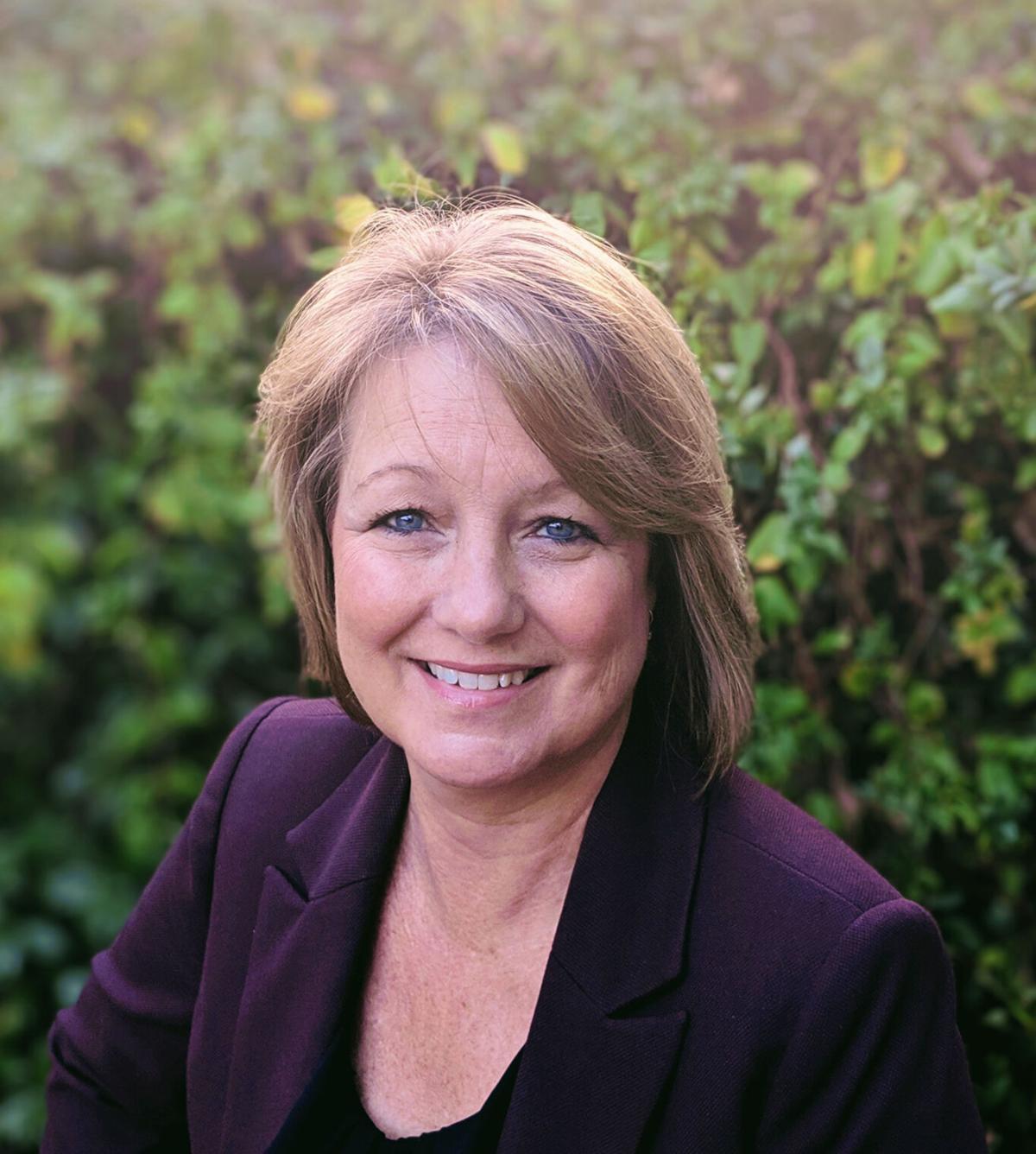 karen Zuber_Bank of America Bakersfield portrait