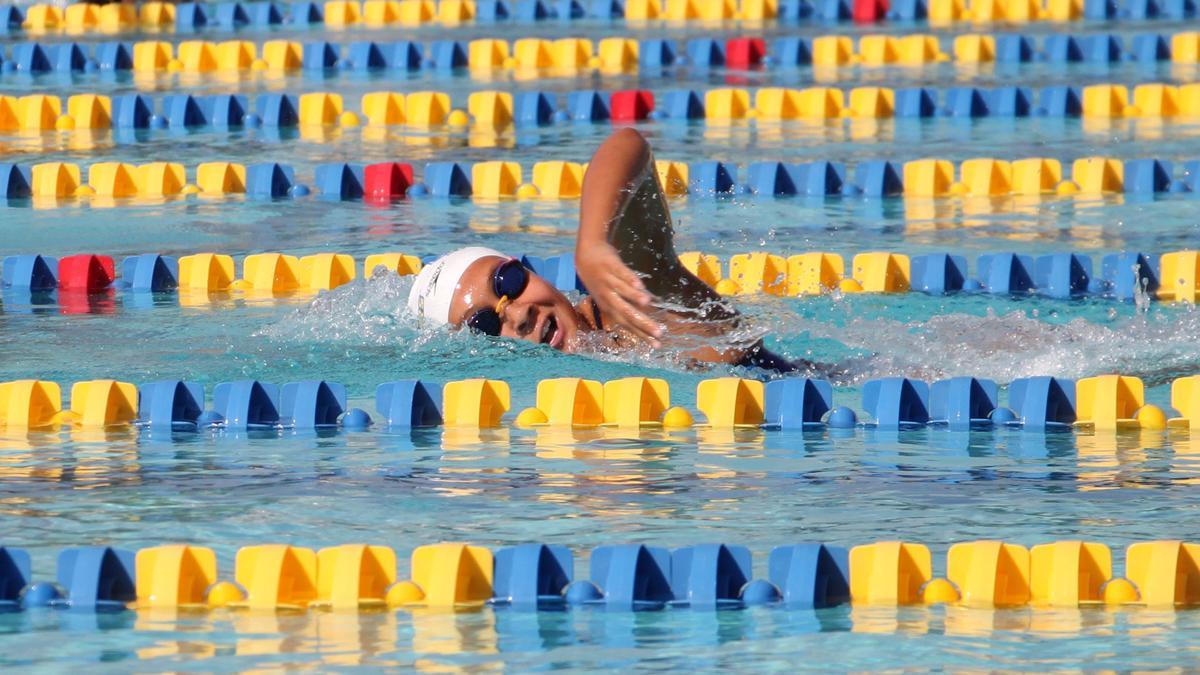 Jayssie Haynes CSUB swimming